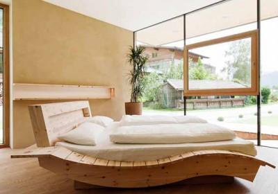 Modulhaus Schlafzimmer neben Tischlerei Wibmer in Matrei in Osttirol